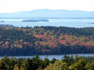 Picture of fall foliage and lakes